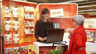 Rewe monta agencias de viajes portátiles en supermercados