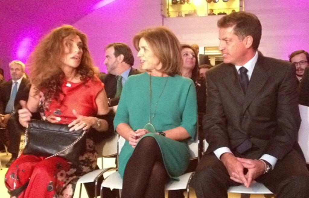 Blanca Gener y Fabrizio Selva, organizadores del certamen, junto a Ana Botella, alcaldesa de Madrid