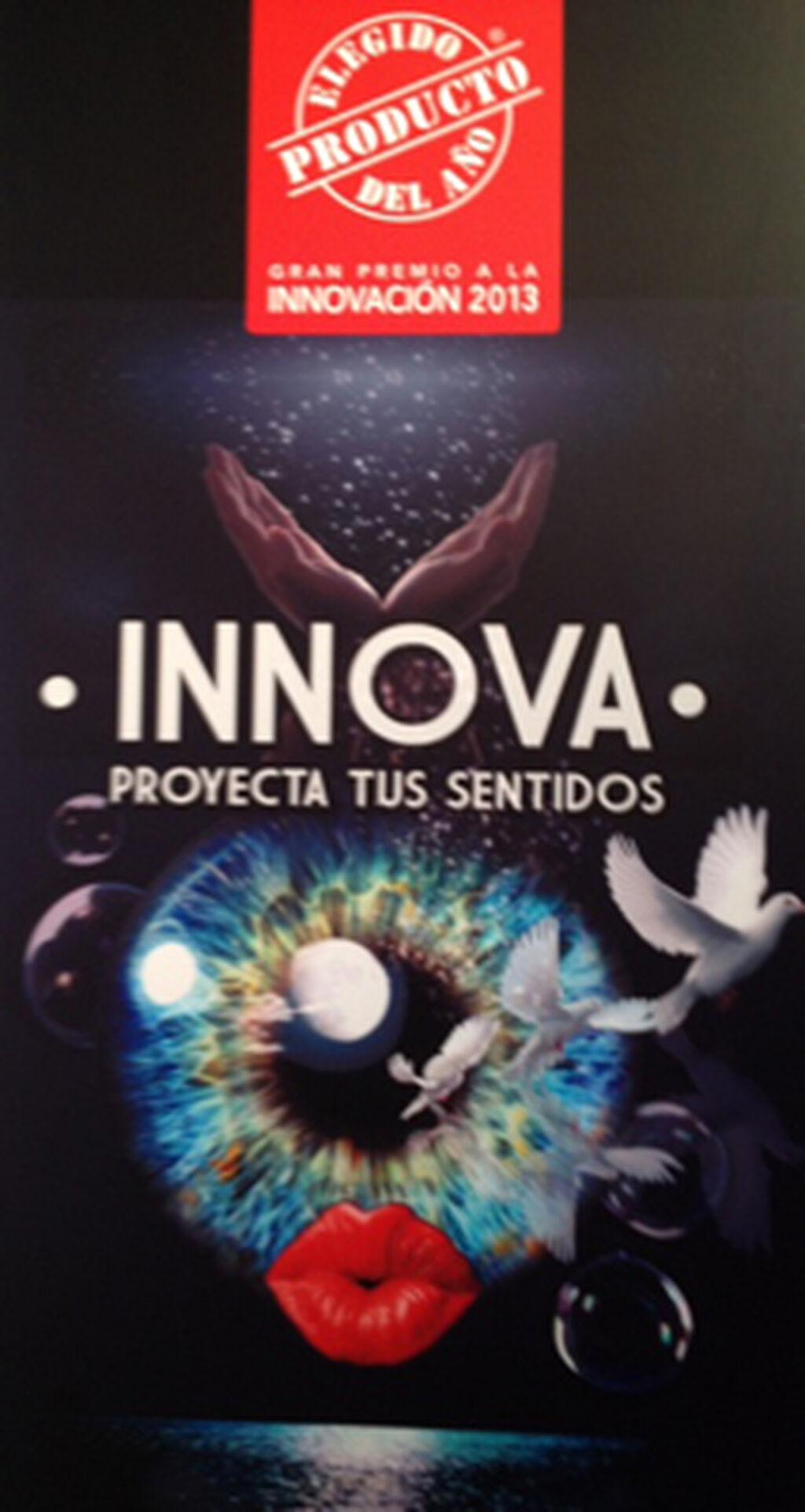 """Cartel del certamen """"El Producto del Año 2013"""""""