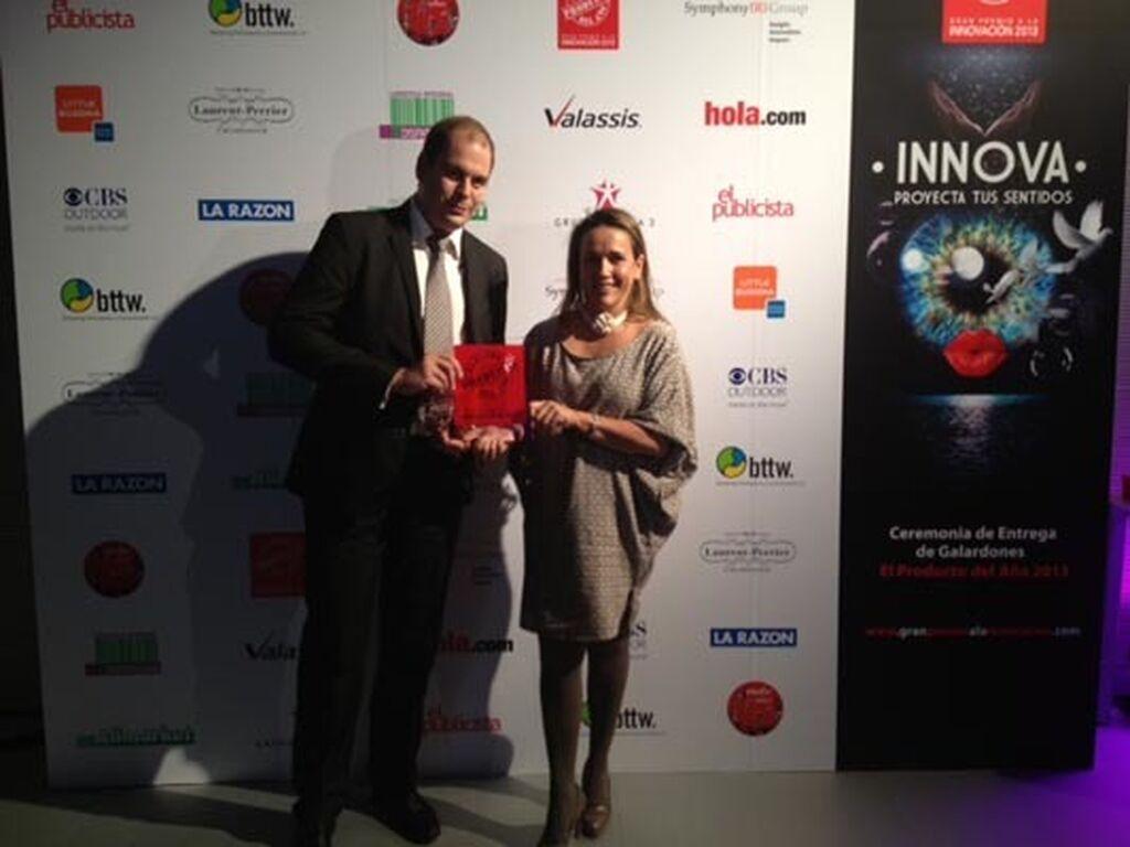 María Moliner y Francisco Marco, de Electrolux. Premio a Ultraone Mini (Aspiradores)