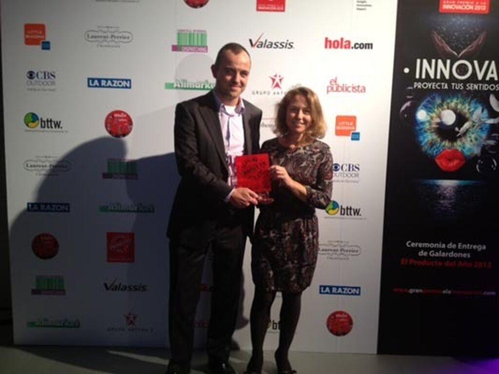 Jorge Oostdam e Isabel Fernández, de Mars. Premio a Whiskas Simplemente Bueno (Pet Food)
