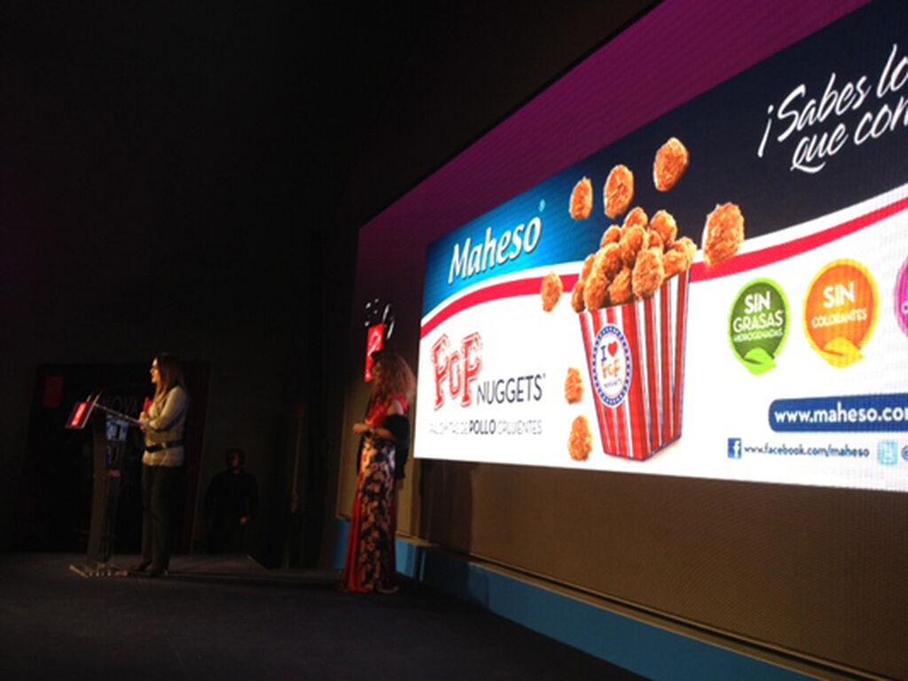 La presentación de muchos de los productos premiados contó con un gran apoyo audiovisual