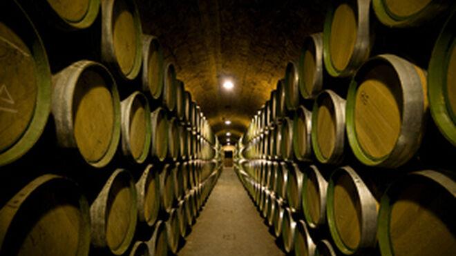 España exportó 2.243 millones de litros de vino en 2011