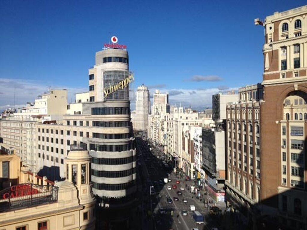Impresionantes vistas de la Gran Vía madrileña desde el mirador