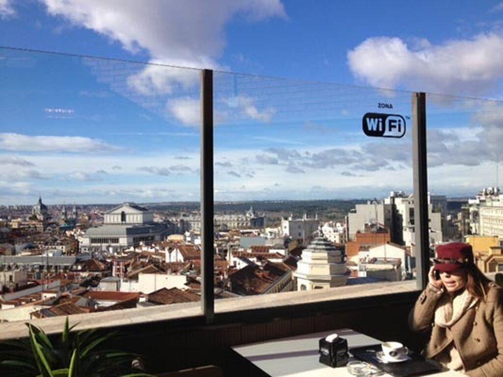 Terraza panorámica con zona WiFi
