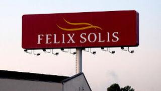 Félix Solís abre una importadora propia en California