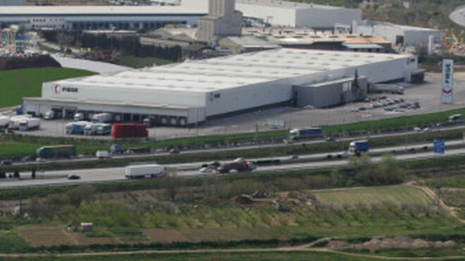 La plataforma barcelonesa de Fiege apuesta por la logística de consumo