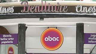 Eroski echa el cierre a sus tiendas culturales Abac