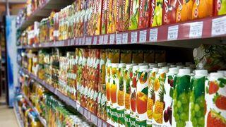 El volumen de ventas de zumos cayó el 6,2% en 2012