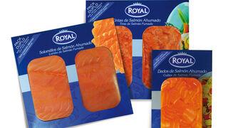 Royal da la bienvenida al verano con aperitivos de salmón y bacalao