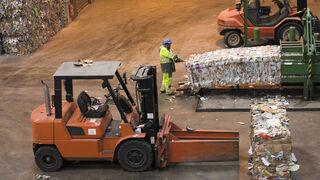La industria papelera española, la segunda que más recicla de Europa
