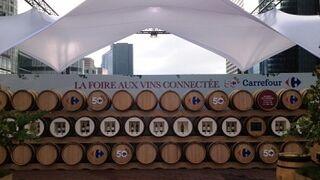 Carrefour sorprende en París con una pop up store de vinos en La Défense