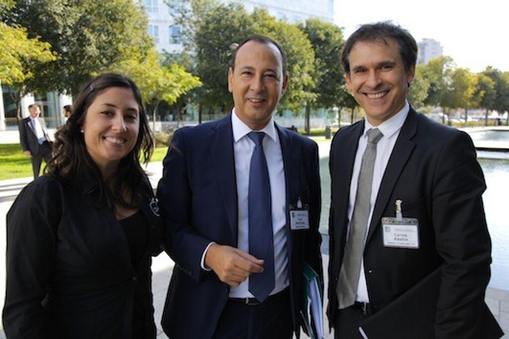 Toni Martínez, director de Comunicación de Mercadona (en el centro), con Mar Calderón y Carlos Azofra (GranConsumo.tv)