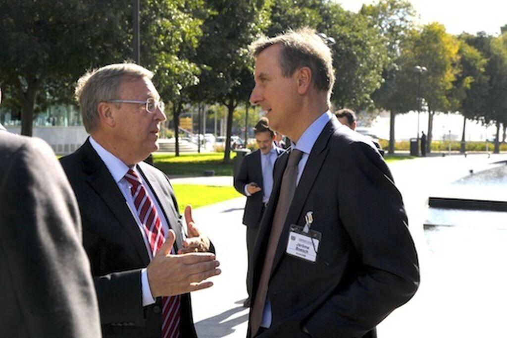 A la derecha, Jérôme Boesch, director general de Danone