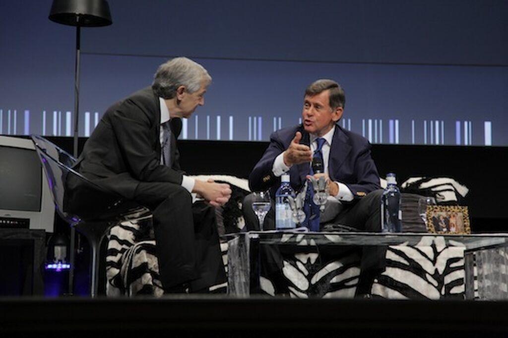Javier Campo, presidente de Aecoc, en la tertulia con Georges Plassat, presidente y CEO de Carrefour