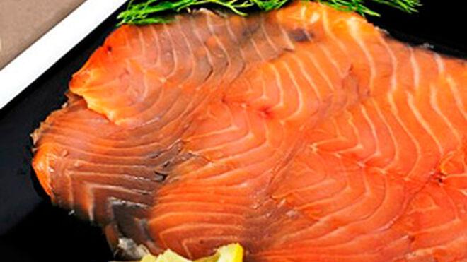 Casi un tercio del consumo de salmón ahumado, en Navidad