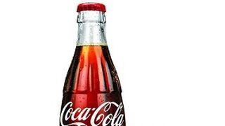 OPI y Coca-Cola se asocian para crear una exclusiva laca de uñas