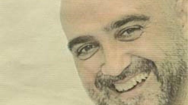 Alfonso Domínguez vuelve a la distribución y ficha por Cencosu