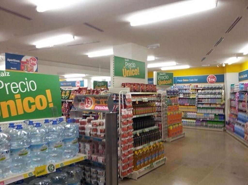 Aguas o aceites componen parte de la oferta de gran consumo