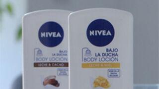 Campaña de Nivea para promocionar su gama Bajo la Ducha