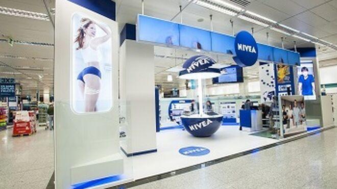 Nivea experimenta con el formato córner con Nivea Store