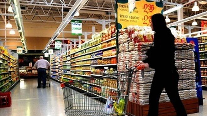 Facua denuncia el desperdicio alimentario de 19 súper