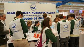 La distribución colabora con Fesbal en la Gran Recogida de Alimentos