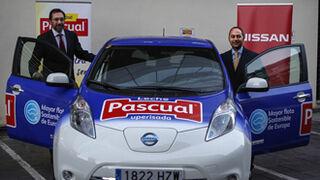 Pascual incrementa su flota de vehículos eléctricos con Nissan
