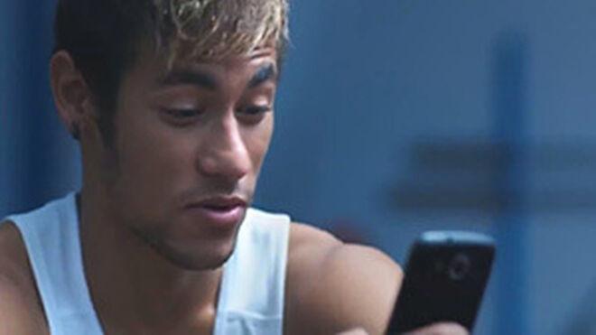 Neymar renueva como imagen de Rexona
