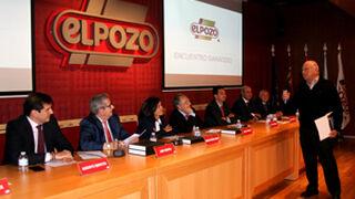 ElPozo reúne a 200 ganaderos para debatir sobre el porcino