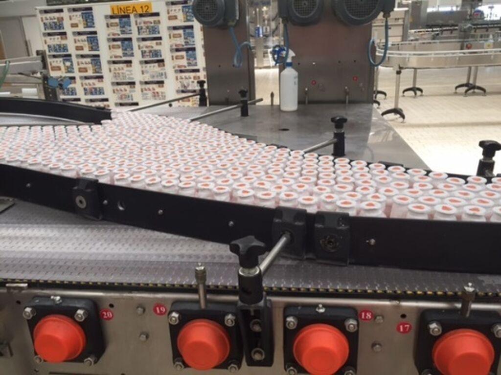 Además de Actimel, en esta fábrica se producen otros lácteos bebibles como Danacol y Densia