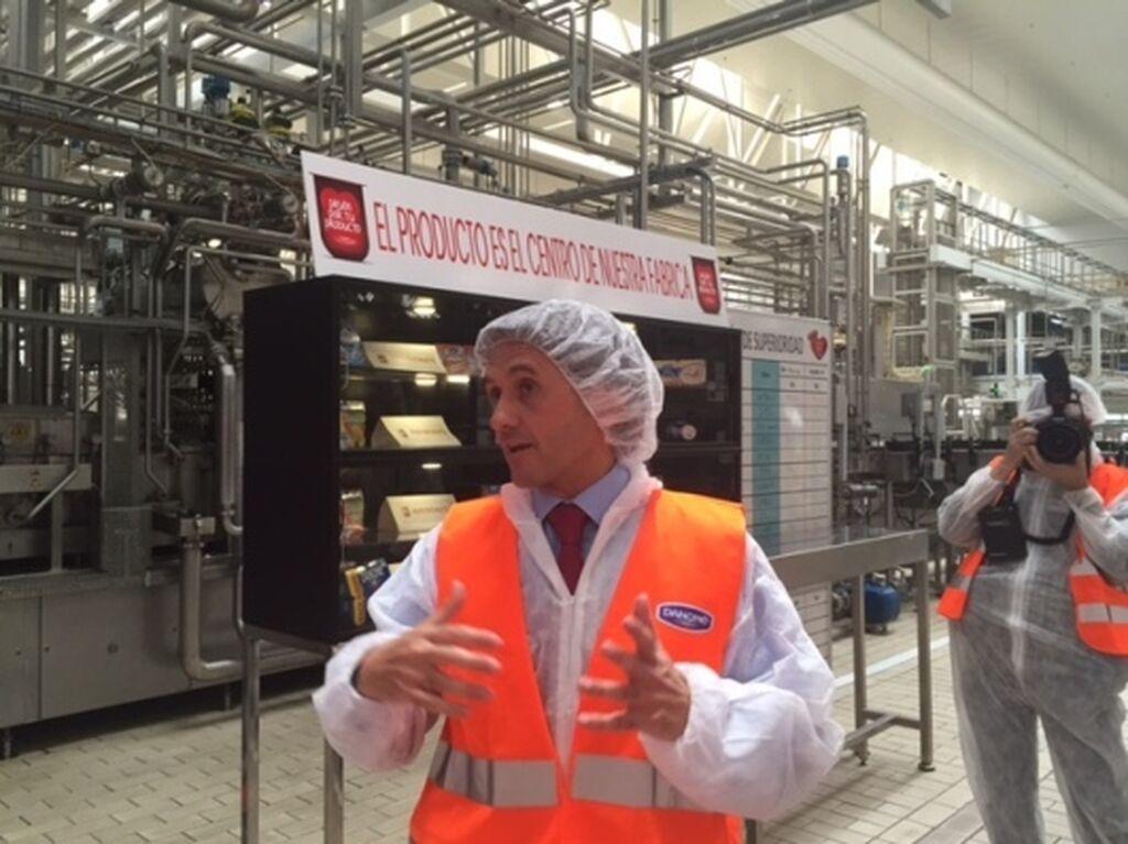 Javier Ribas, director de la fábrica, repasa las cifras clave de la instalación