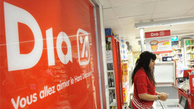 Carrefour pone a la venta 100 de sus supermercados Dia Francia
