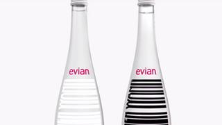 Evian colabora con el diseñador Alexander Wang en su nueva botella