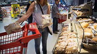 Eroski lanza un pan que ayuda a reducir el colesterol