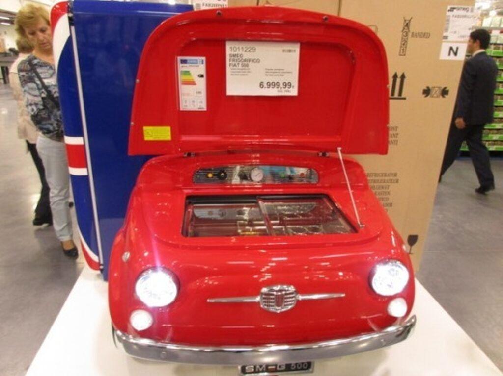 Curioso frigorífico en forma de Fiat