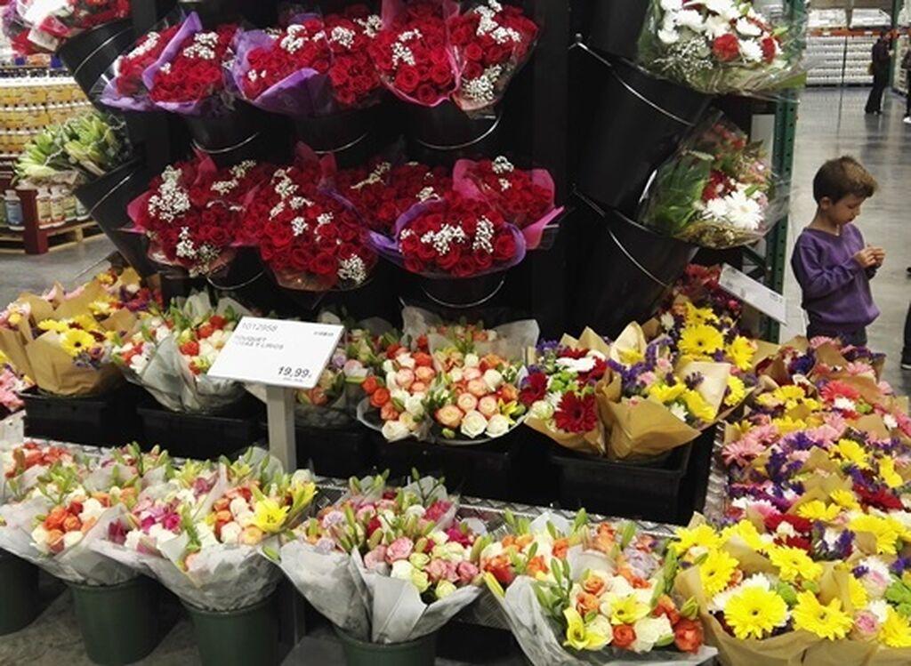 Ramos de flores listos para regalar