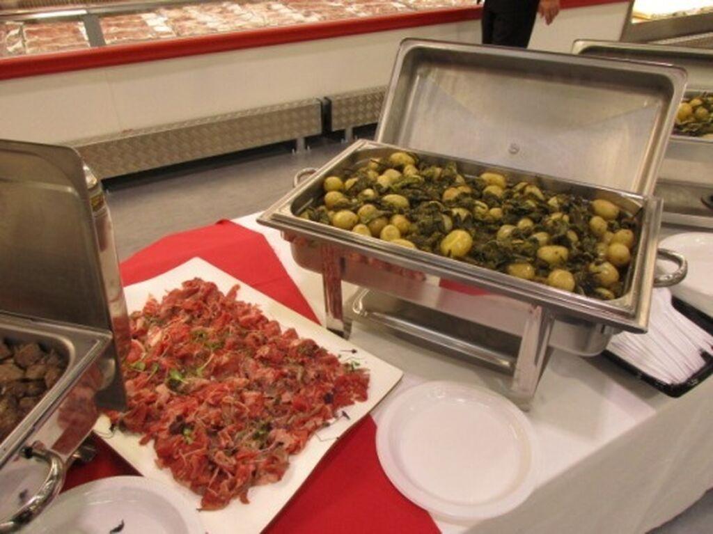 El catering estuvo presente en toda la tienda durante la preapertura de Costco Madrid