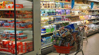 Los hogares gastan más pese a que la cesta de la compra es más cara