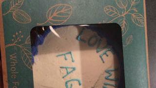 Polémica por una supuesta tarta homófoba vendida en un súper