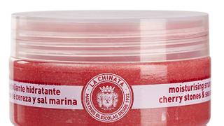 Hueso de cereza y sal marina, la solución exfoliante de La Chinata