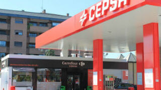 Carrefour alcanzará 245 tiendas en estaciones Cepsa este año