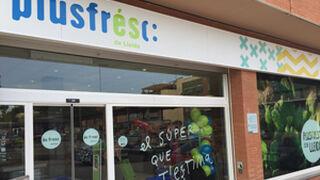 Plusfresc reforma ocho de sus tiendas leridanas en seis meses