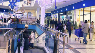 Carmila, la inmobiliaria de Carrefour, compra tres centros comerciales