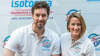 Pau Gasol y Mireia Belmonte 'presentan' San Miguel 0,0 Isotónica