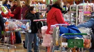 Cómo elegir la fila a caja más rápida en un supermercado