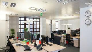 La oficina renace como escaparate de las marcas