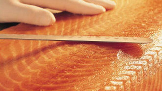 Carrefour y El Corte Inglés, las más responsables con el salmón