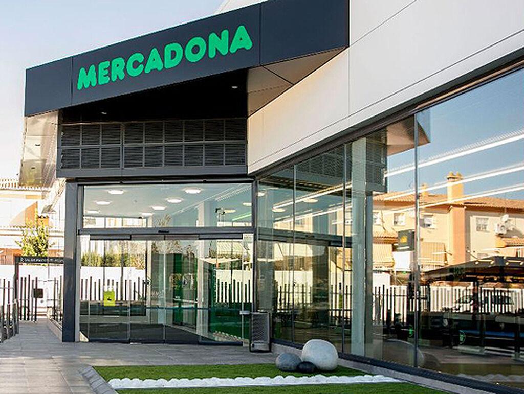Imagen de la entrada principal de uno de los nuevos supermercados de Mercadona