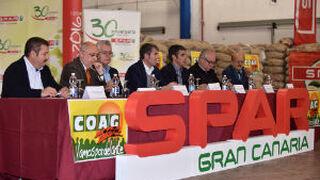 Spar Gran Canaria planta su séptima cosecha de papas